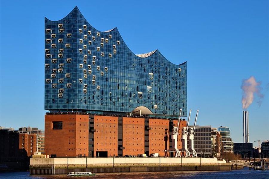 budynek filharmonii w Hamburgu.