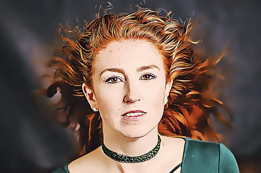 twarz rudowłosej kobiety