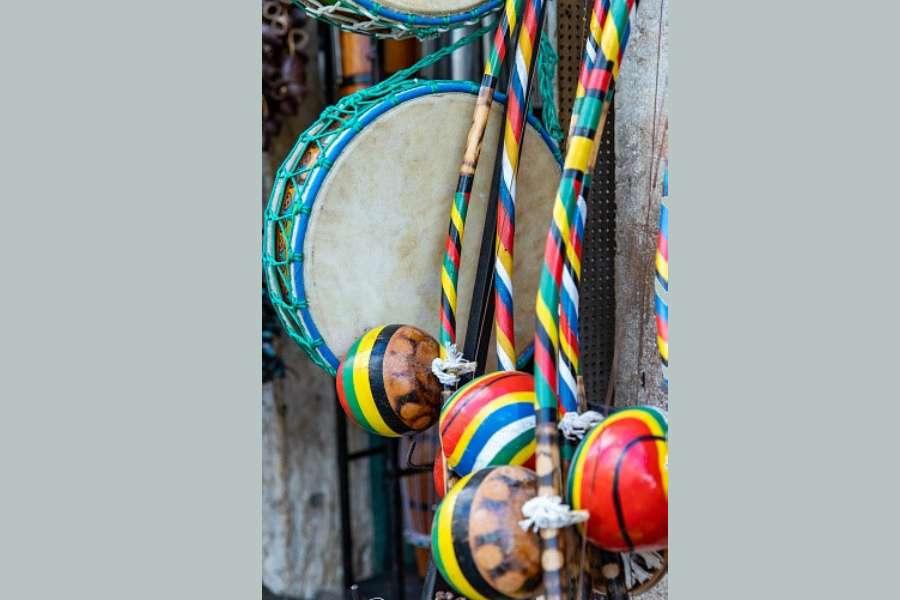 brazylijskie etniczne instrumenty perkusyjne